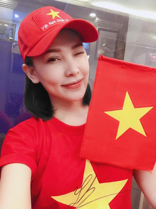 """Hoá ra Tiến Linh đã nhập hội """"chỉ follow mình em"""", nữ chính không phải Hồng Loan mà là 1 mỹ nhân sexy đình đám Vbiz? - Ảnh 4."""