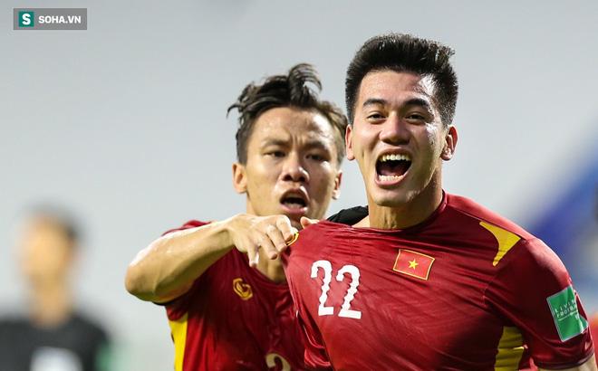 ĐT Việt Nam đối diện thử thách từ thủ môn UAE, người từng khiến Ronaldo phải bất lực - Ảnh 3.