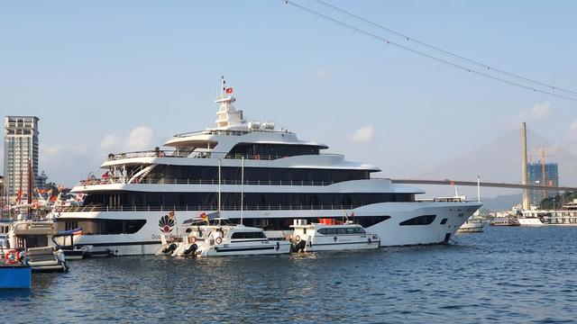 Dàn tàu du lịch hơn 500 chiếc trị giá hàng nghìn tỷ tại Hạ Long đắp chiếu, doanh nghiệp cầu cứu Thủ tướng - Ảnh 9.