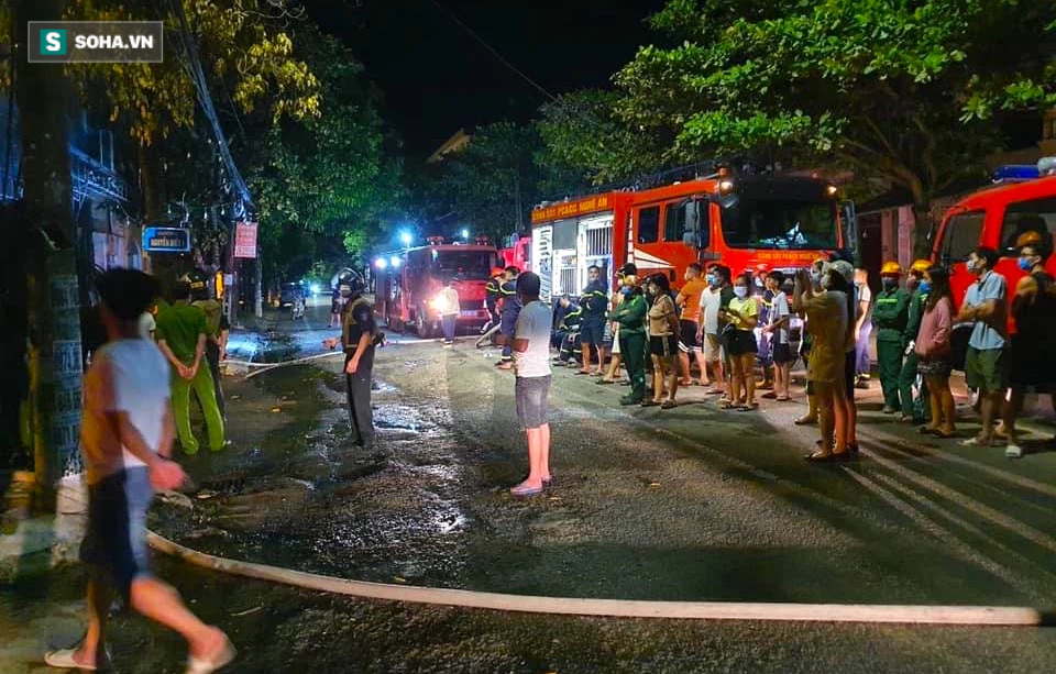 Cận cảnh hiện trường bên trong phòng trà bị cháy khiến 6 người tử vong ở Nghệ An - Ảnh 3.