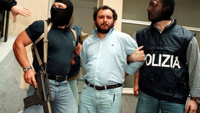 Gã trùm mafia từng gây ám ảnh nước Ý - Ảnh 5.