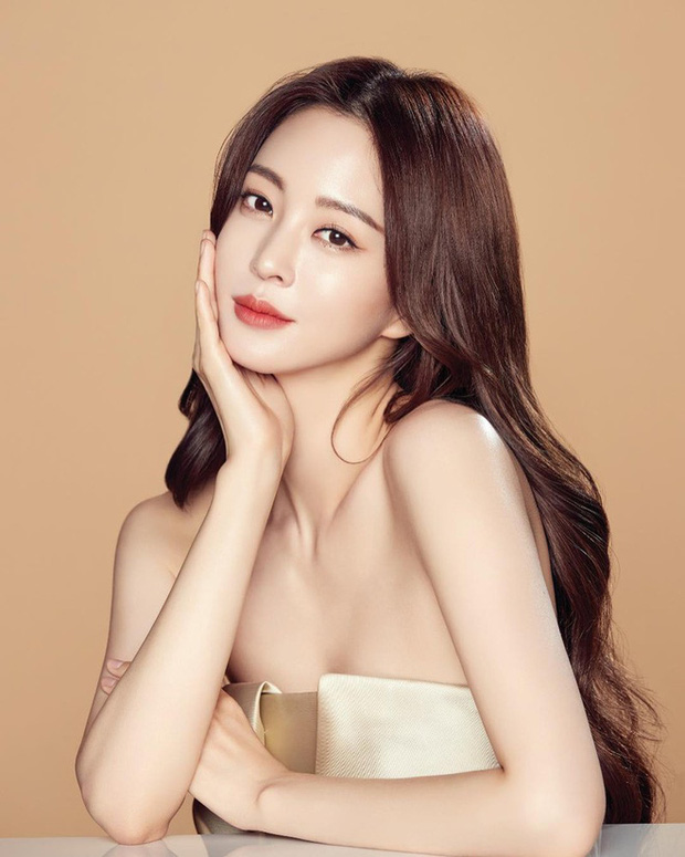 SỐC: Nữ diễn viên Han Ye Seul bị tố là gái bán dâm, đi khách ngay trong đêm đăng quang siêu mẫu gần 20 năm trước - Ảnh 2.