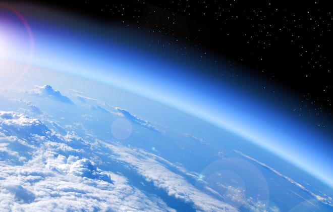 Ích lợi bất ngờ từ đại dịch: Tầng ozone hồi phục nhanh hơn dự kiến 15 năm - Ảnh 2.
