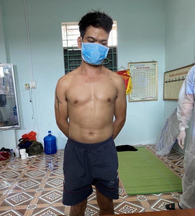 Bắc Giang: Phát hiện đối tượng mang ma tuý vào khu cách ly COVID-19 - Ảnh 1.
