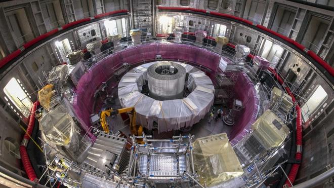 Hút được cả tàu sân bay, mạnh gấp 280.000 lần từ trường Trái Đất, khối nam châm này sắp tạo ra năng lượng nhiệt hạch cho nhân loại - Ảnh 4.