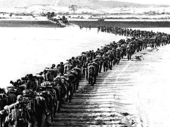 Trận đồ sát ở Triều Tiên: Tướng Mỹ kinh ngạc - Trung Quốc như trở thành cường quốc không quân sau 1 đêm - Ảnh 1.