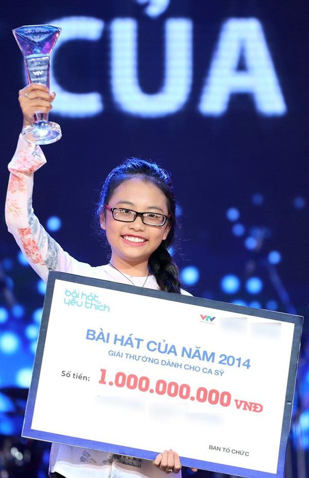 Phương Mỹ Chi: Cô bé sống ở nhà cấp 4 cùng gia đình 14 người, hát đám ma giá 100 nghìn đến sao nhí đổi đời sau giải tiền tỷ - Ảnh 4.