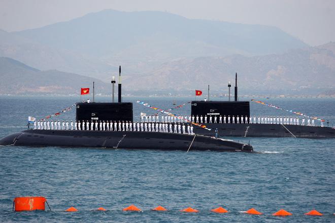 Hải quân tiến thẳng lên hiện đại: Tàu ngầm Kilo-636 và hơn thế nữa - Tự hào lắm Việt Nam ơi! - Ảnh 3.