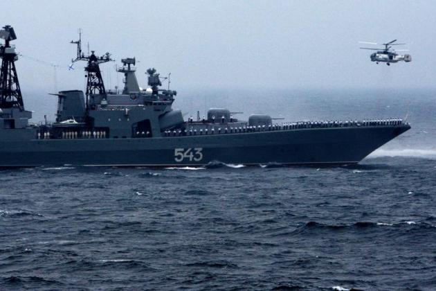 7 tàu chiến Nga rầm rập áp sát căn cứ hải quân lớn nhất của Mỹ - Anh dọa tấn công, S-300 Syria nhận lệnh sẵn sàng bắn hạ F-35 nếu cần - Ảnh 1.