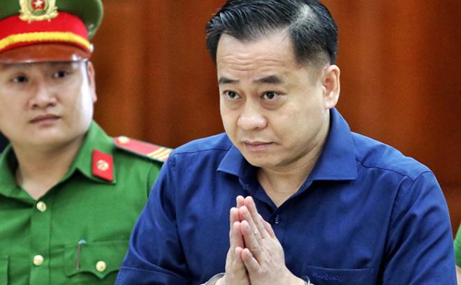 Ông Nguyễn Duy Linh - nguyên Phó Tổng Cục trưởng Tổng Cục tình báo Bộ Công an bị cáo buộc nhận hối lộ - Ảnh 2.