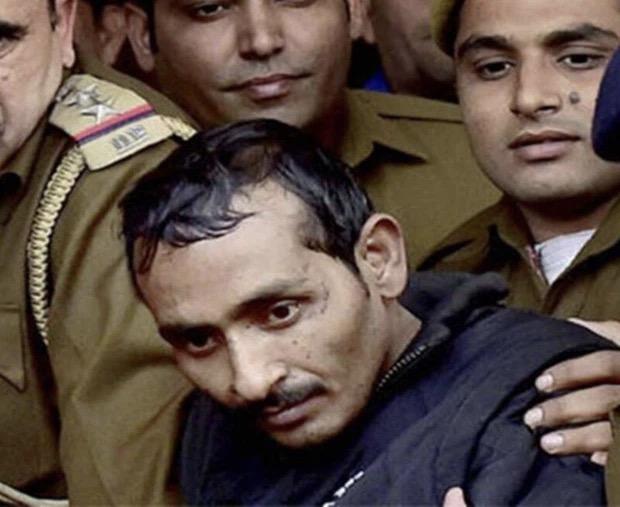 Ấn Độ: Chuyện kẻ cưỡng hiếp bị 200 phụ nữ cầm dao đâm chết ngay tại tòa - Ảnh 1.