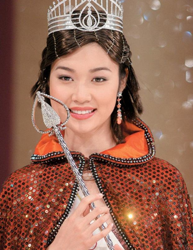 """Che giấu suốt 16 năm, Triệu Vy chưa bao giờ nhắc tới người vợ cũ của chồng là Hoa hậu chuyên đi """"đào mỏ"""" nổi tiếng - ảnh 2"""