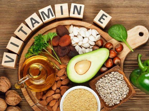 Thực phẩm nên ăn và nên tránh khi tiêm vắc xin COVID – 19 - Ảnh 2.