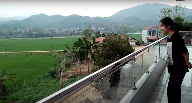 """""""Biệt phủ"""" của Hà Đức Chinh: 3 tầng hoành tráng, bảo to nhất huyện cũng không ngoa! - Ảnh 9."""