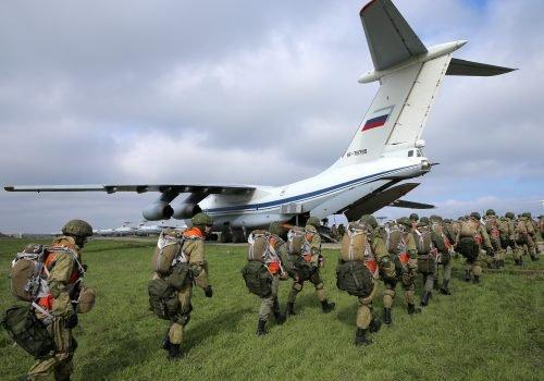 Ukraine không còn đơn thương độc mã, Nga về lại thời 1 chọi 100? - Ảnh 3.