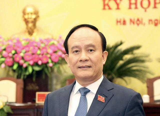 Ông Chu Ngọc Anh tái đắc cử Chủ tịch Hà Nội với gần 98% đại biểu tán thành - Ảnh 2.