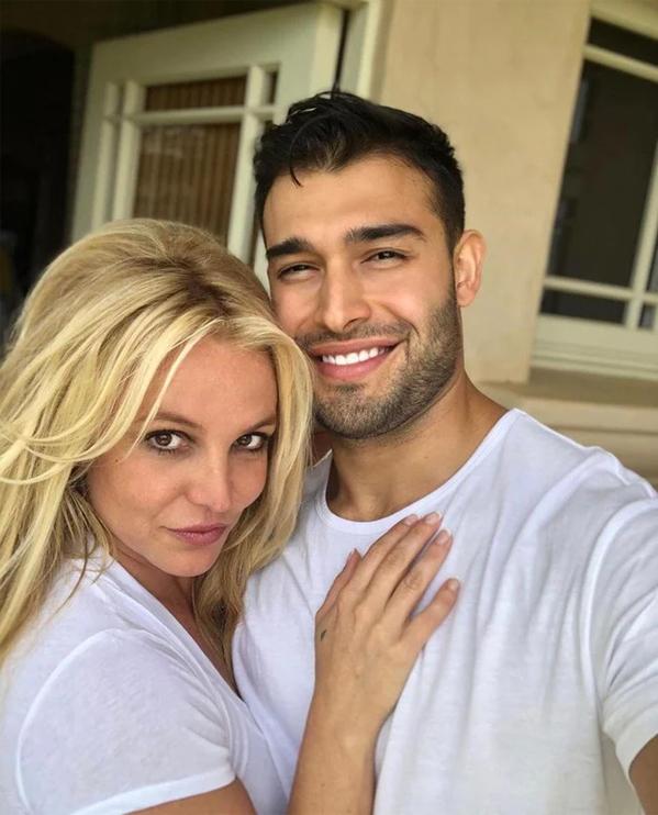 Britney Spears: Công chúa khổ sở, bị kiểm soát như nô lệ và lời kêu cứu khiến cả thế giới bàng hoàng - Ảnh 8.