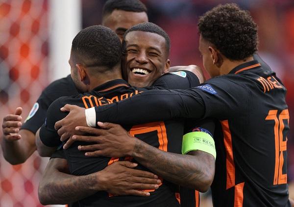 Hà Lan - CH Séc: Cơn lốc phục hận - Ảnh 2.