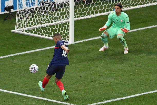 Tội đồ thực sự khiến Pháp rời Euro 2021 là ai? - Ảnh 1.