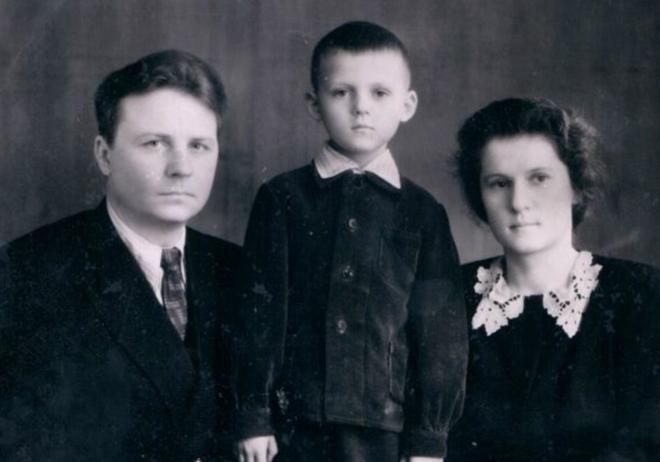 Nguyên ủy viên Bộ Chính trị Liên Xô Ligachev: Tôi đã muốn tìm người cứu đất nước! - Ảnh 2.