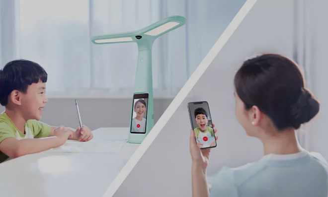 Đèn bàn thông minh tích hợp camera giám sát đang trở thành trào lưu giáo dục mới nhất ở Trung Quốc - Ảnh 1.