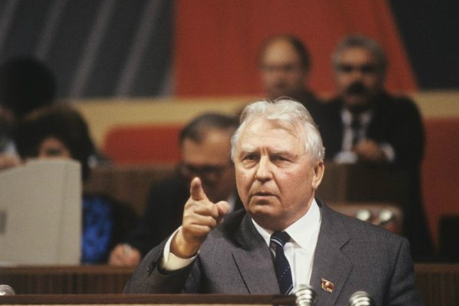Nguyên ủy viên Bộ Chính trị Liên Xô Ligachev: Tôi đã muốn tìm người cứu đất nước! - Ảnh 3.