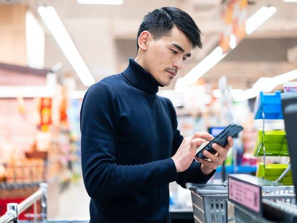 Đèn bàn thông minh tích hợp camera giám sát đang trở thành trào lưu giáo dục mới nhất ở Trung Quốc - Ảnh 4.