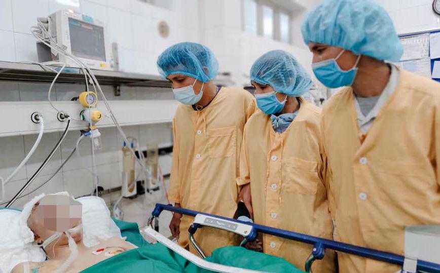 """Bố thanh niên hiến tạng con cứu 4 người: """"Chỉ mong người nhận luôn sống khỏe, sống có ích cho đời!"""""""
