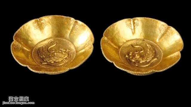 Người đàn ông dùng hơn 10 tỷ để mua đôi bát vàng, vợ nhắn nhủ: Không phải vàng thật thì đừng về nhà! - Ảnh 3.