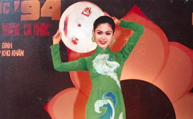 Nhan sắc đỉnh cao, khiến nhiều người thích thú của Hoa hậu Thu Thủy thời trẻ - Ảnh 3.