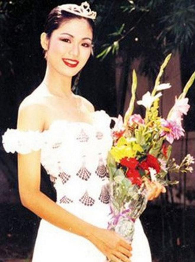 Nhan sắc đỉnh cao, khiến nhiều người thích thú của Hoa hậu Thu Thủy thời trẻ - Ảnh 4.