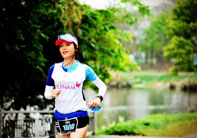 Hoa hậu Thu Thủy qua đời đột ngột: Lối sống lành mạnh, giỏi yoga, chạy bộ và bơi lội - Ảnh 5.