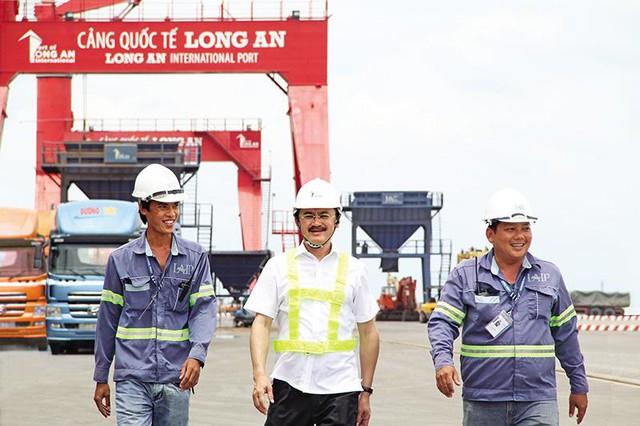 Tỷ phú Việt và đam mê siêu cảng gọi tên ông Trần Bá Dương, bầu Thắng, bầu Hiển  - Ảnh 1.