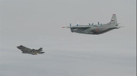 Sĩ quan cấp cao Iraq bị bắn chết - Thổ Nhĩ Kỳ nhận tối hậu thư: Rút ngay, nếu không F-16 bị bắn hạ - Ảnh 1.