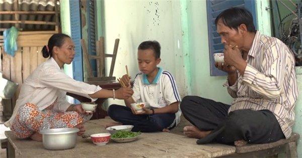 Phi Nhung đã làm được những gì cho Hồ Văn Cường sau 5 năm làm mẹ nuôi? - Ảnh 4.