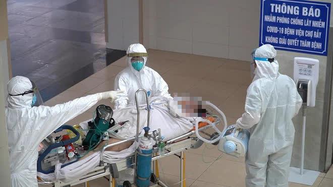 Hành trình đặt ECMO và chuyển chiến sĩ công an mắc COVID-19 về Bệnh viện Chợ Rẫy - Ảnh 4.