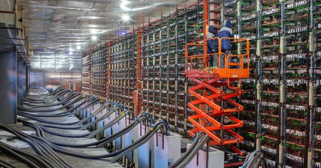 Thợ đào tiền mã hóa ở Trung Quốc bắt đầu tháo chạy, điên cuồng bán tháo thiết bị - Ảnh 3.