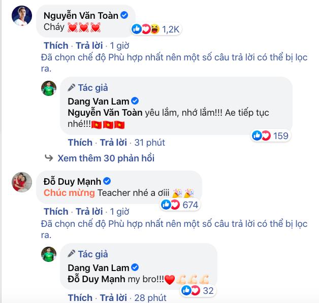 Các cầu thủ ĐT Việt Nam ùa vào bài đăng của Văn Lâm, trợ lý thầy Park tiết lộ điều đặc biệt từ UAE - Ảnh 2.