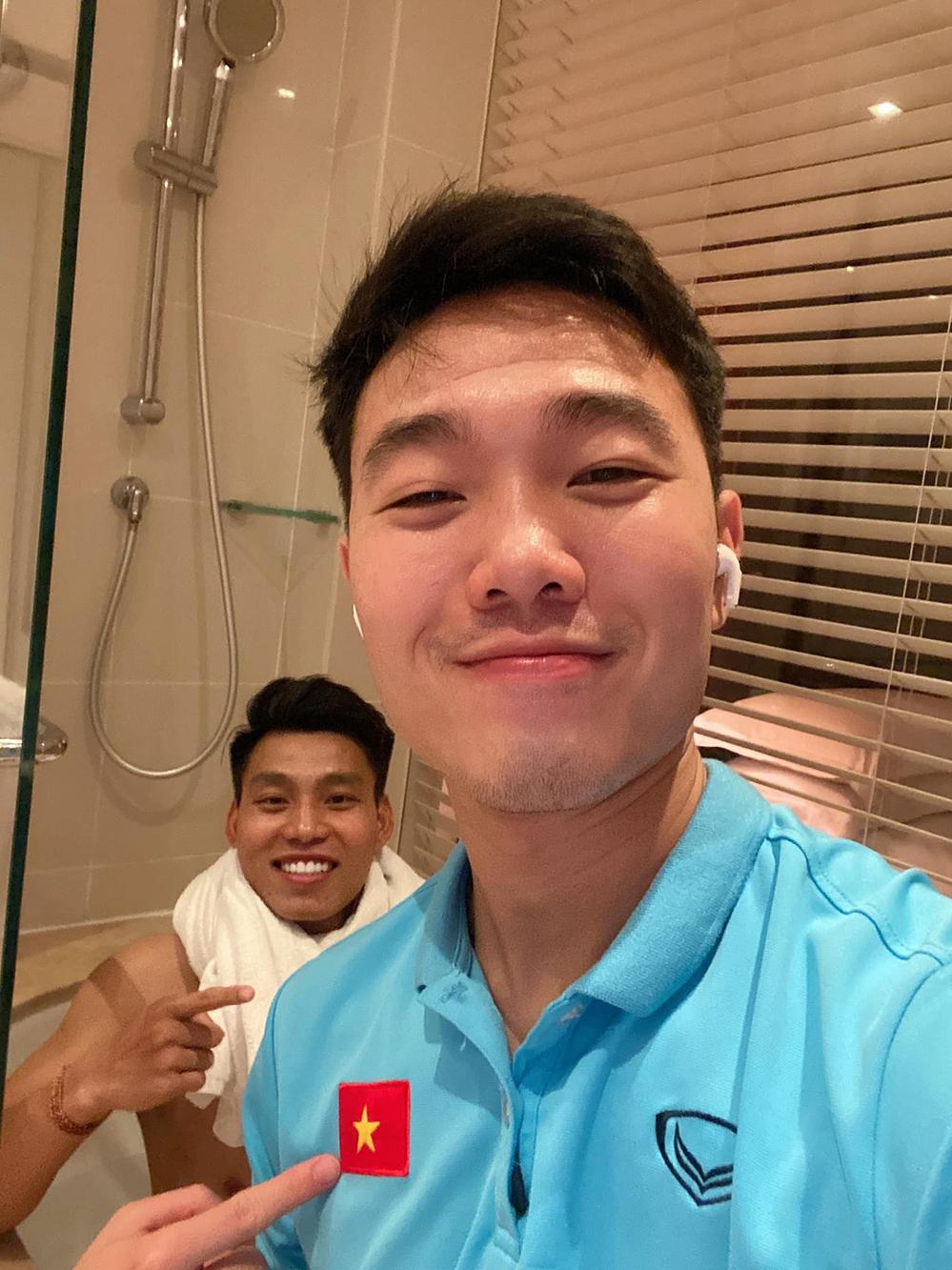 Cận cảnh nơi ăn chốn ở siêu sang, xịn của đội tuyển Việt Nam tại Dubai - Ảnh 16.