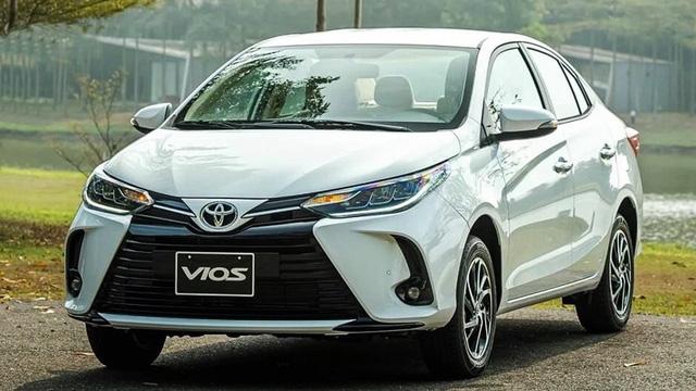 Toyota Vios giảm mạnh 50 triệu đồng - Ảnh 1.