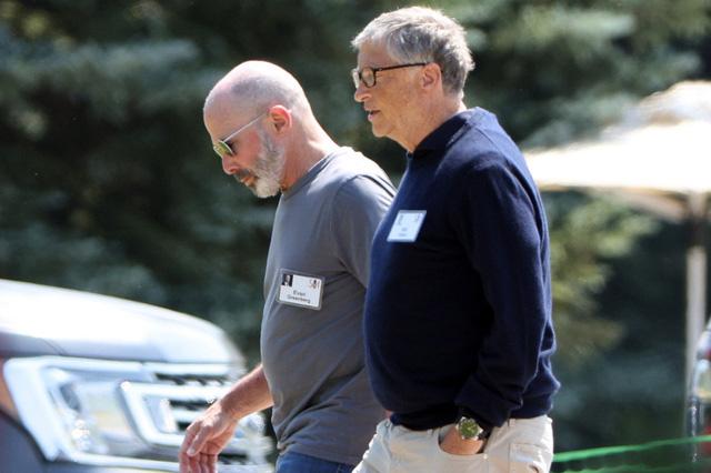 Tỷ phú Bill Gates trải lòng chuyện ly hôn: Ám chỉ lỗi thuộc về mình, xúc động tới suýt rơi nước mắt - Ảnh 1.