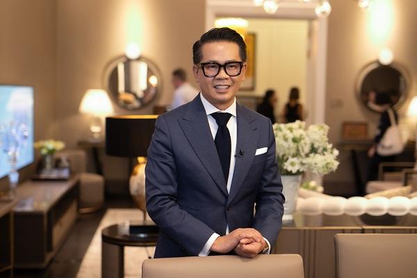 Thái Công gây choáng khi đặt vào nhà nữ đại gia tấm gương giá 2 tỷ, netizen kêu đưa 10 triệu mua về cho cái đẹp hơn - Ảnh 1.