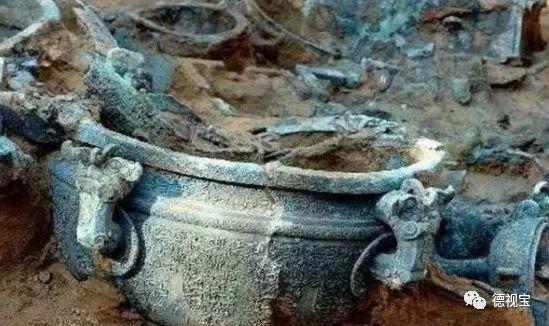 Tào Tháo chỉ huy cướp 30 hòm chứa vàng bạc, mở ra nạn trộm mộ đầy nhức nhối: Vậy làm sao mộ tặc nhìn ra mộ chứa kho báu? - Ảnh 4.