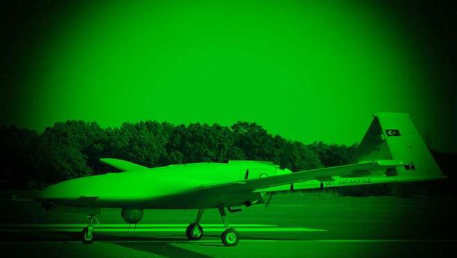 30 năm không mua nổi một máy bay mới, Ukraine quyết đánh Nga bằng loại vũ khí đặc biệt - Ảnh 2.
