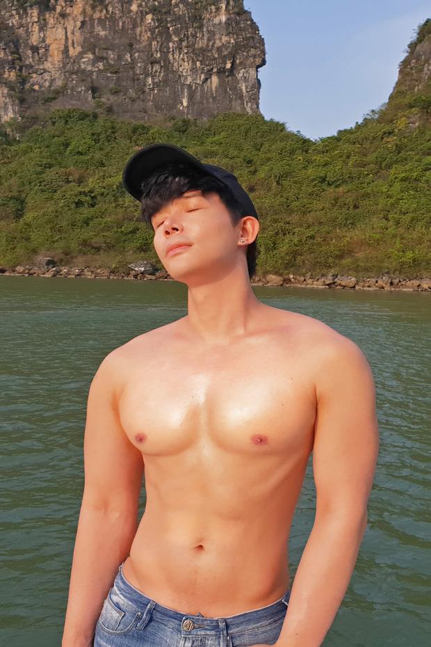 Bị Cao Thái Sơn nói ngực đầy silicon, Nathan Lee đá xéo cực gắt, chế lại phát ngôn 10 năm trước của đàn em - Ảnh 4.
