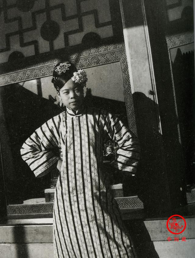 Phi tần kém sắc dám ly hôn hoàng đế Trung Quốc, cuối đời túng quẫn phải bán hàng rong kiếm sống - Ảnh 4.