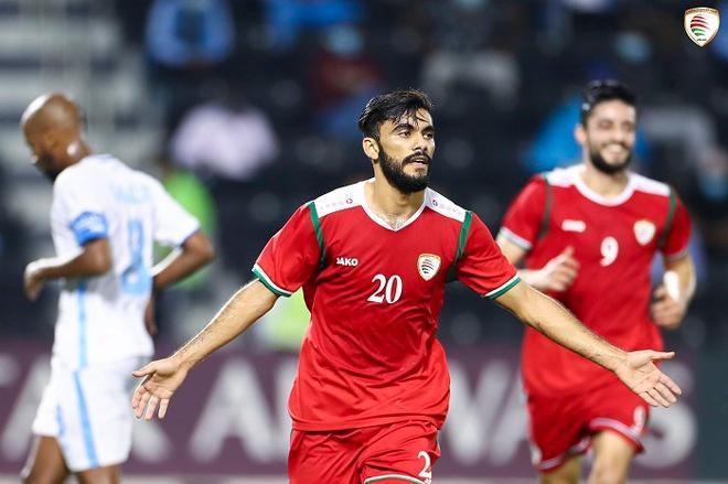 Đối thủ của đội tuyển Việt Nam chơi lớn trước thềm vòng loại cuối World Cup 2022 - Ảnh 1.