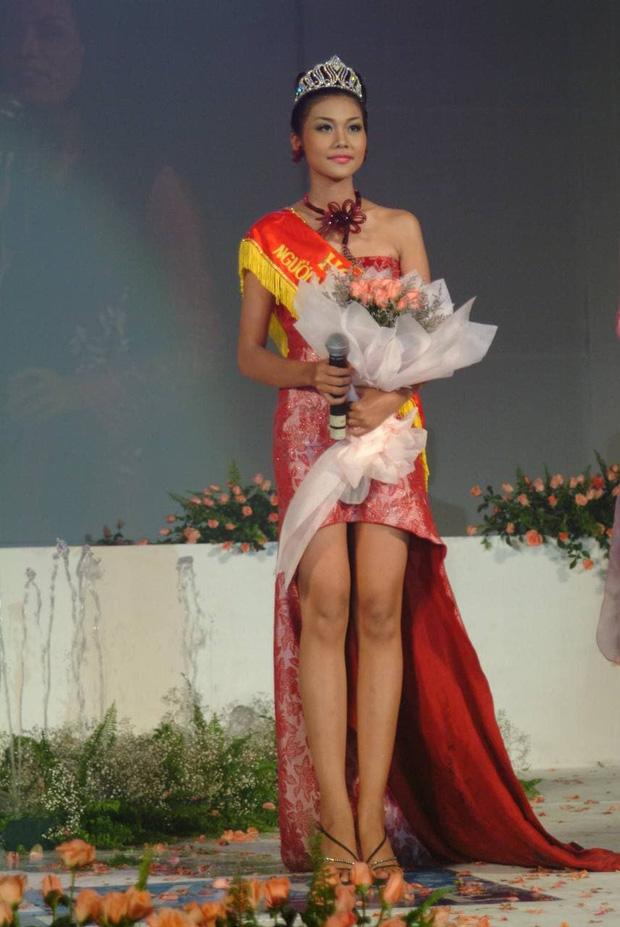 Thanh Hằng thời đăng quang Hoa hậu cách đây gần 20 năm so với hiện tại: Nhan sắc thăng hạng vượt bậc! - Ảnh 3.