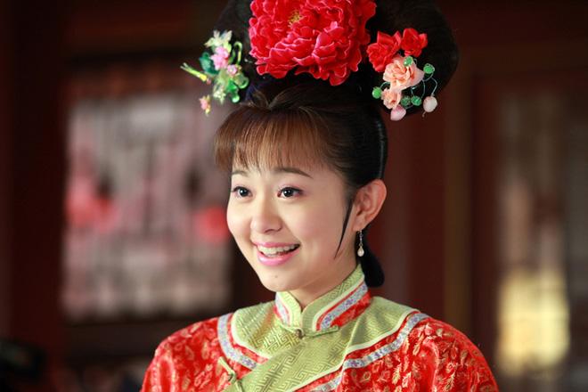 Ngỡ ngàng trước nhan sắc thăng hạng của nàng Kim Tỏa được Quỳnh Dao ca ngợi hơn Phạm Băng Băng - Ảnh 4.