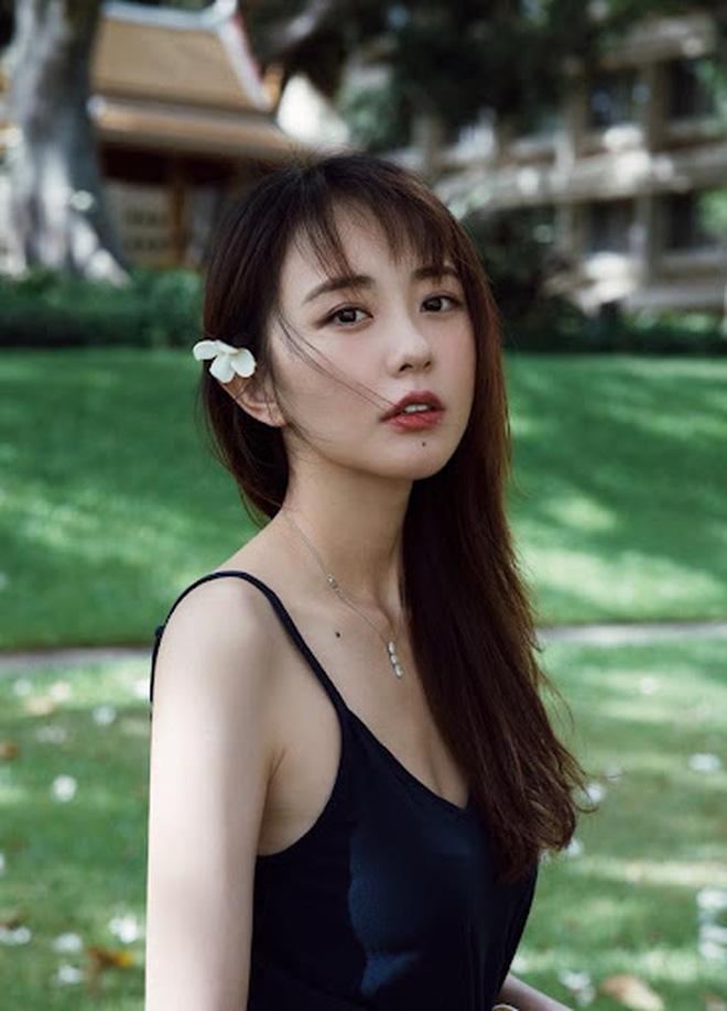 Ngỡ ngàng trước nhan sắc thăng hạng của nàng Kim Tỏa được Quỳnh Dao ca ngợi hơn Phạm Băng Băng - Ảnh 9.
